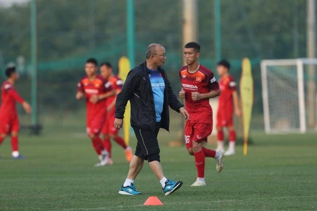 Báo UAE đánh giá cao HLV Park Hang Seo và U23 Việt Nam - 1