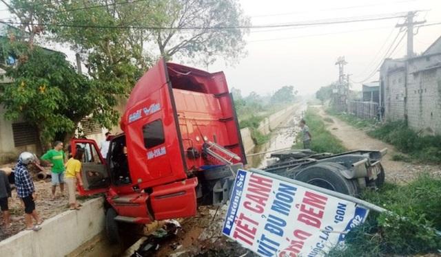 Một ngày 3 vụ tai nạn giao thông, 1 người tử vong, 4 người bị thương - 2