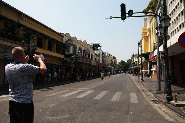 Không gian hồ Gươm, phố cổ Hà Nội lên kế hoạch cấm xe hoàn toàn - 6