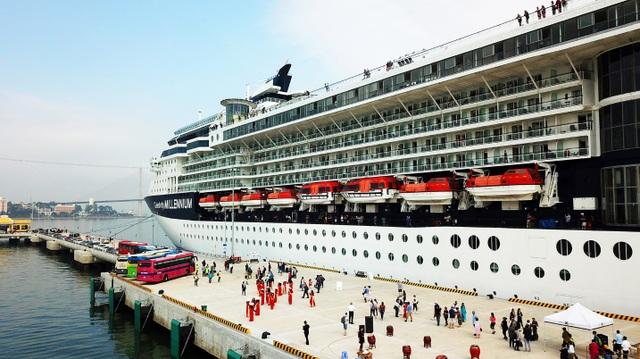Kích cầu khách tàu biển Hạ Long, mơ về nguồn thu khủng - 1