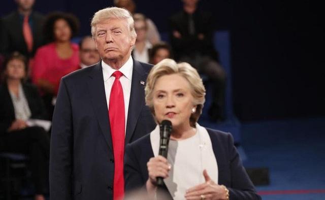 Bà Clinton: Tổng thống Donald Trump bị ám ảnh về tôi - 2