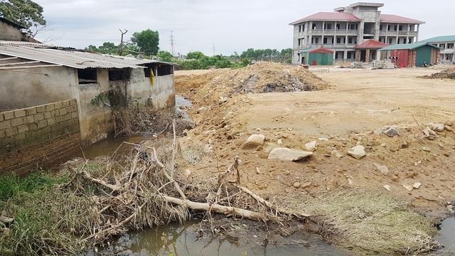 Bộ Chỉ huy Quân sự tỉnh Thừa Thiên Huế nói gì khi thi công gây ngập lụt đường sắt Bắc Nam? - 1