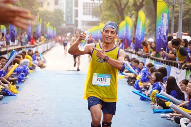 Gần 5.000 người chạy giải Revive Marathon xuyên Việt - 4