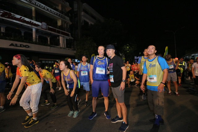 Gần 5.000 người chạy giải Revive Marathon xuyên Việt - 5
