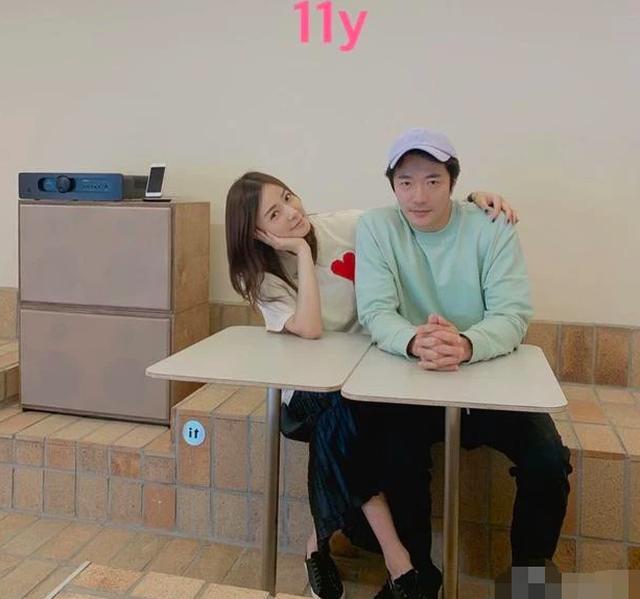Từ cặp đôi bị phản đối, vợ chồng Kwon Sang Woo minh chứng 11 năm hôn nhân ngọt ngào - 1