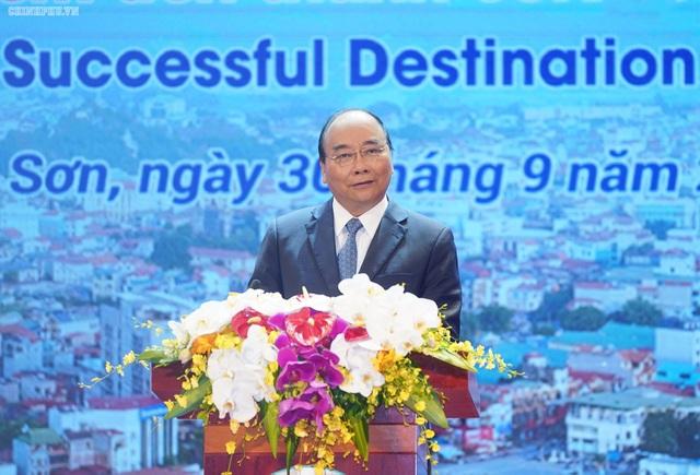"""Thủ tướng muốn mỗi khách du lịch ạn Lạng Sơn """"me 1 con vịt quay mang về""""! - 1"""