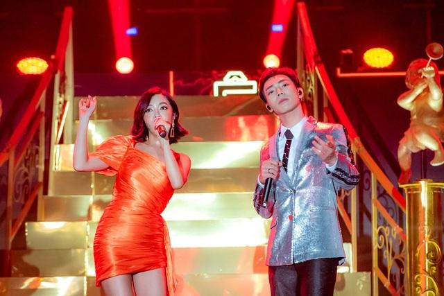 """Bích Phương bất ngờ song ca hit """"bùa yêu"""" cùng Erik - 1"""