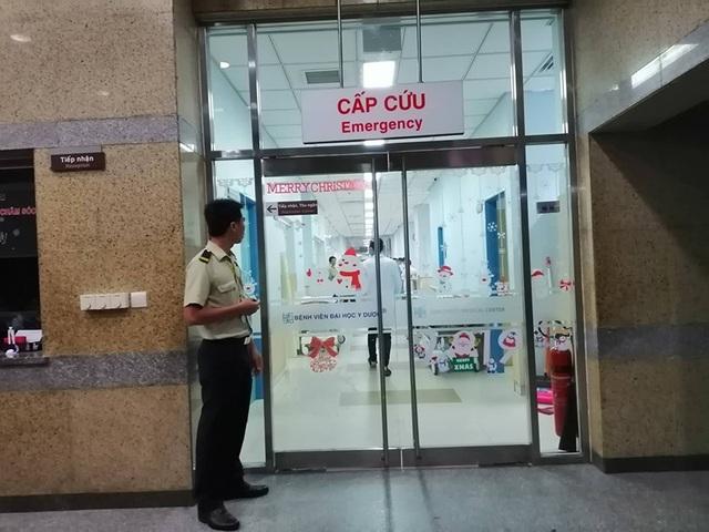 An ninh xiết chặt tại khoa cấp cứu của bệnh viện ĐH Y dược