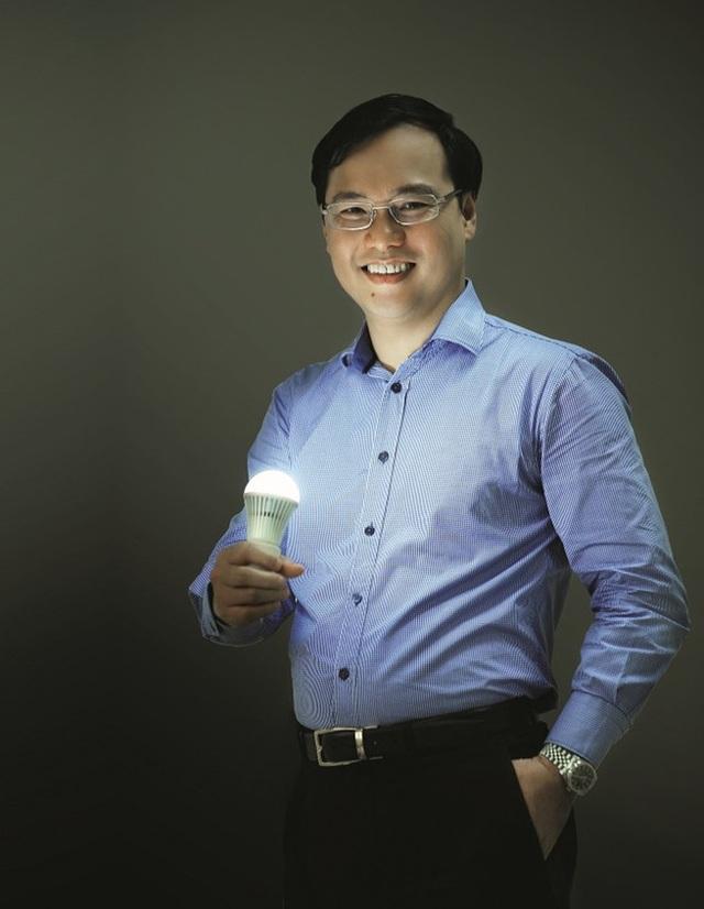Ông Hồ Quỳnh Hưng, Tổng giám đốc Điện Quang