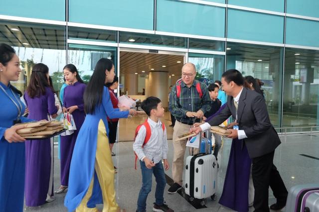 """Nhà ga Cảng Hàng không quốc tế Đà Nẵng đón hành khách """"xông đất"""" năm mới 2019 - 1"""