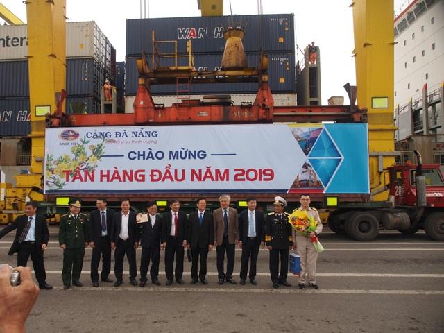 Tấn hàng đầu năm 2019 qua cảng Đà Nẵng