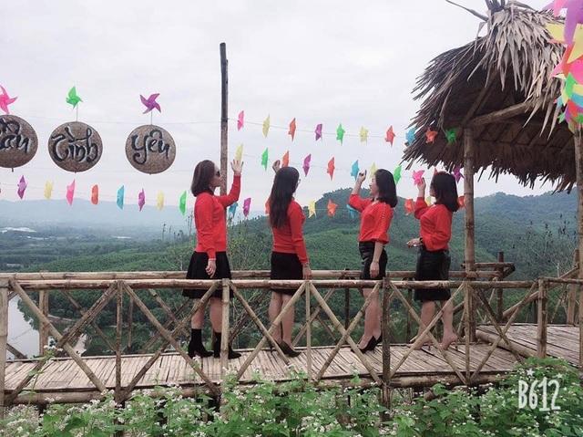 Đứng từ trên cao thấy được toàn cảnh huyện Nghĩa Đàn.