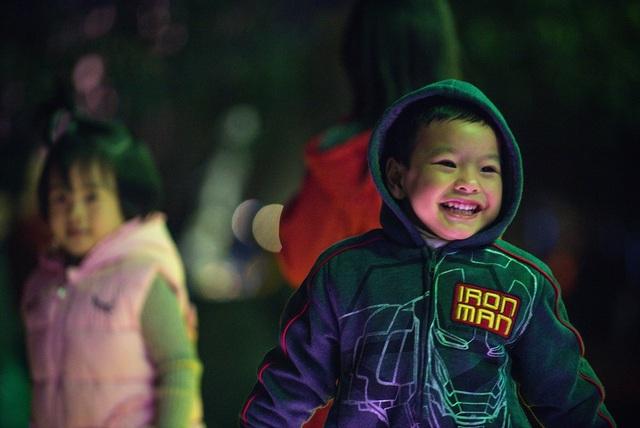 Dưới ánh sáng rực rỡ của pháo sáng cùng tiếng chuông đồng hồ ngân vang, cư dân Eco cùng nhau đón năm mới tại Ecopark - khu đô thị đáng sống bậc nhất hiện nay.