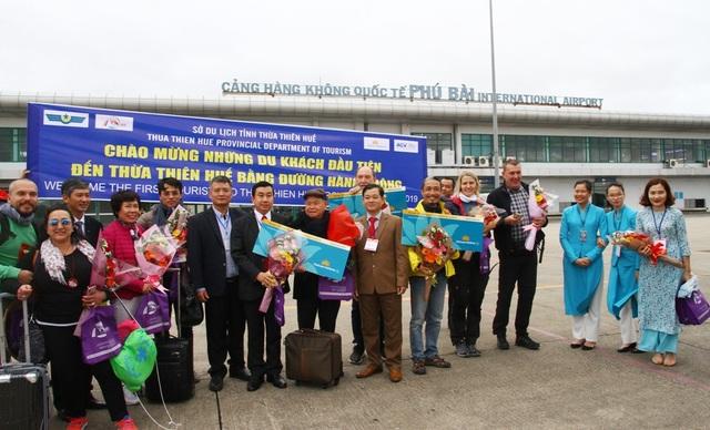 Huế tưng bừng chào đón du khách đường hàng không năm 2019 - 9