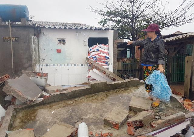 Nhà bà Gái bị đánh sập vào đêm qua