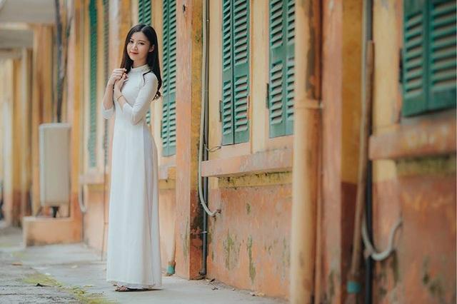 Thiếu nữ xứ Thanh đẹp dịu dàng trong bộ ảnh kỷ yếu - 12