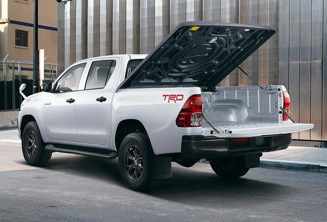 Toyota Hilux có thêm phiên bản Rally Edition, mơ cạnh tranh cùng Ranger Raptor - 4
