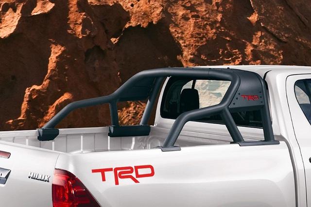 Toyota Hilux có thêm phiên bản Rally Edition, mơ cạnh tranh cùng Ranger Raptor - 8