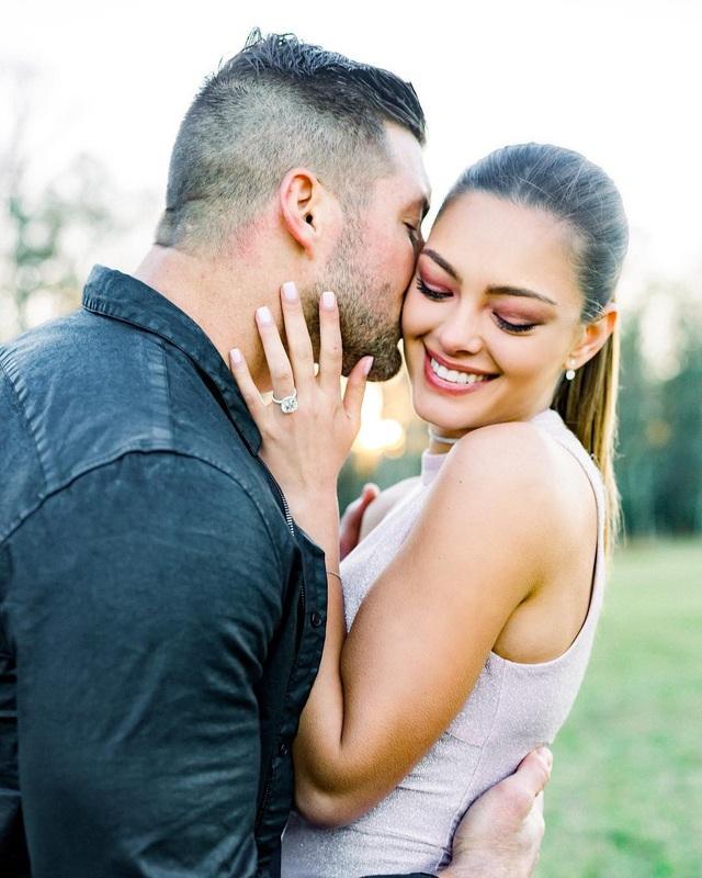 Hoa hậu hoàn vũ đã đính hôn - Ảnh 3.