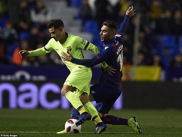 Vắng Messi, Barcelona thua sốc trước Levante - Ảnh 3.