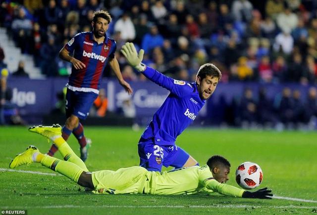Vắng Messi, Barcelona thua sốc trước Levante - Ảnh 6.