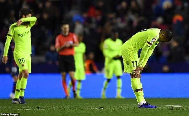 Vắng Messi, Barcelona thua sốc trước Levante - Ảnh 8.