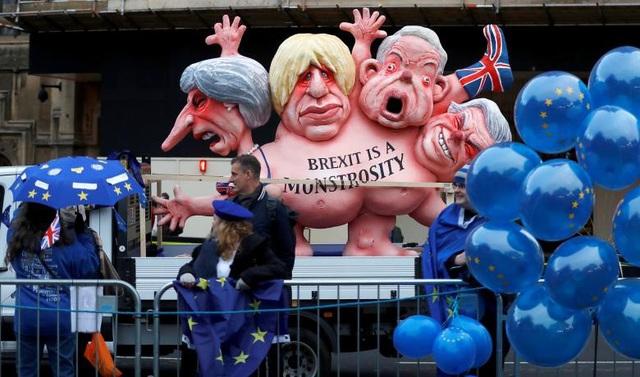Người Anh xuống đường vì Brexit trước giờ G - Ảnh 17.