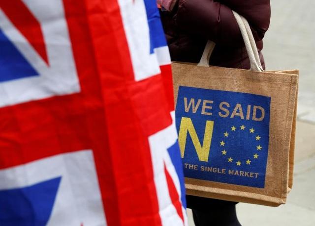 Người Anh xuống đường vì Brexit trước giờ G - Ảnh 18.