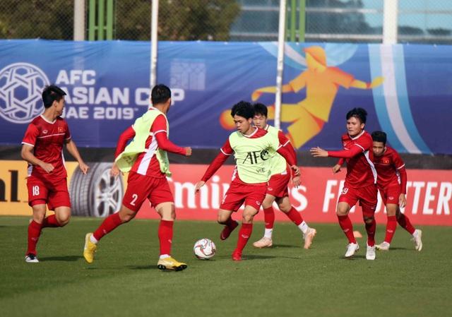 Việt Nam 0-2 Iran: Chênh lệnh đẳng cấp - Ảnh 40.