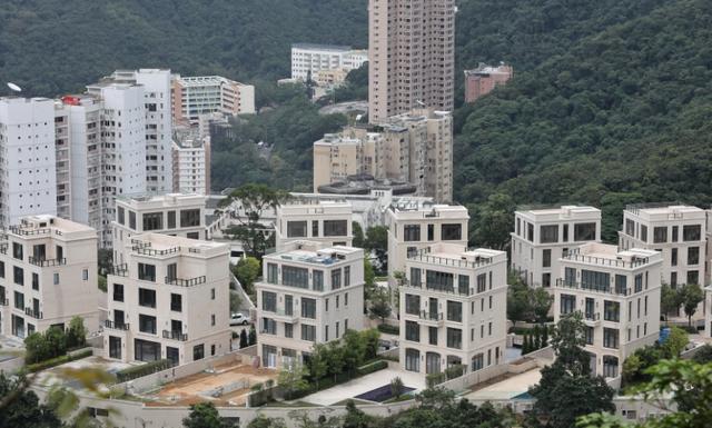 Mất không gần 5 triệu USD tiền đặt cọc mua nhà vì đổi ý vào phút chót - Ảnh 1.