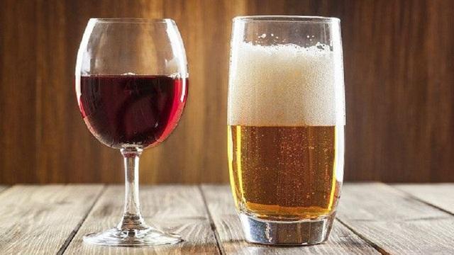 Bia không thể giải độc mọi loại rượu! - Ảnh 1.