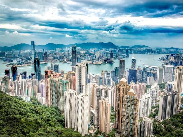 Cuộc sống của người siêu giàu ở HongKong như thế nào? - Ảnh 1.