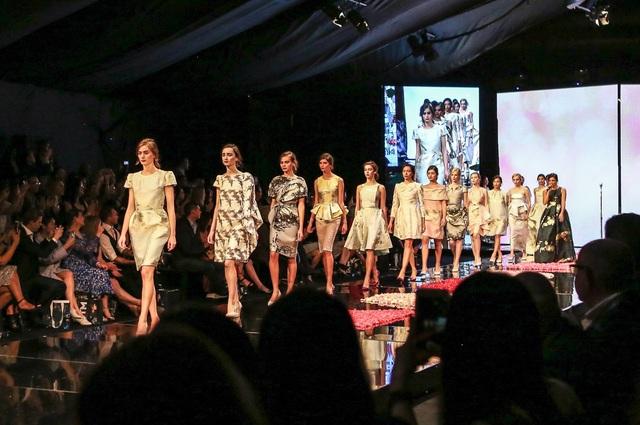 Phuong My chính thức tham dự New York Fashion Week - Ảnh 3.