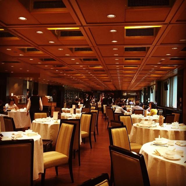 Cuộc sống của người siêu giàu ở HongKong như thế nào? - Ảnh 33.