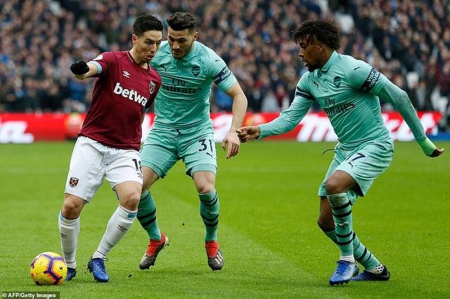 West Ham 1-0 Arsenal: Cú sốc cho Pháo thủ - Ảnh 6.