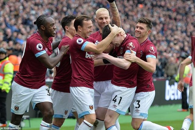 West Ham 1-0 Arsenal: Cú sốc cho Pháo thủ - Ảnh 3.