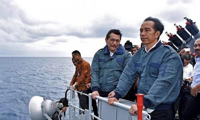 Indonesia tăng cường vũ khí thách thức tàu cá Trung Quốc trên Biển Đông - Ảnh 1.