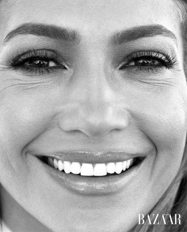 Jennifer Lopez trẻ đẹp ngỡ ngàng trong bộ ảnh mới - Ảnh 9.