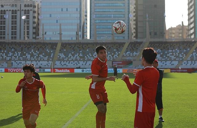 Đặng Văn Lâm lộ sự căng thẳng trước trận gặp Iran - Ảnh 9.