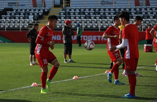 Đặng Văn Lâm lộ sự căng thẳng trước trận gặp Iran - Ảnh 3.
