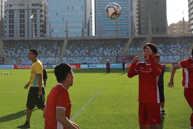 Đặng Văn Lâm lộ sự căng thẳng trước trận gặp Iran - Ảnh 2.