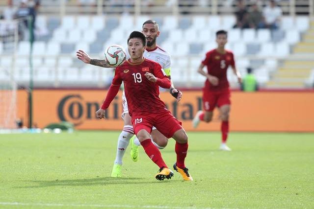 Những khoảnh khắc thi đấu kiên cường của đội tuyển Việt Nam trước Iran - Ảnh 13.