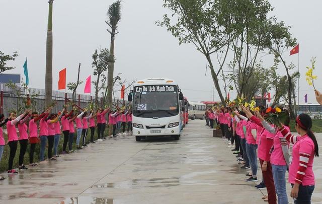 MXP tri ân thân nhân của 4 nghìn người lao động có thành tích xuất sắc - Ảnh 13.