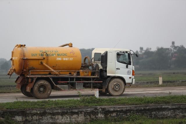 Hà Nội: Người dân mở cửa, thông đường vào bãi rác Nam Sơn - Ảnh 6.