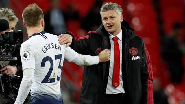 Nhìn lại chiến thắng của Man Utd trước Tottenham - Ảnh 21.
