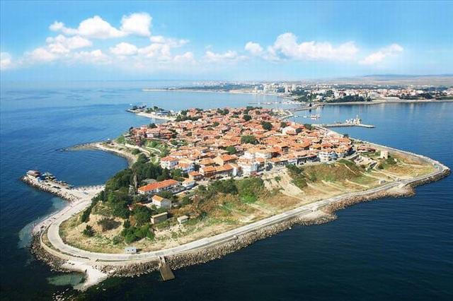 10 thành phố đảo nổi tiếng thế giới - Ảnh 1.