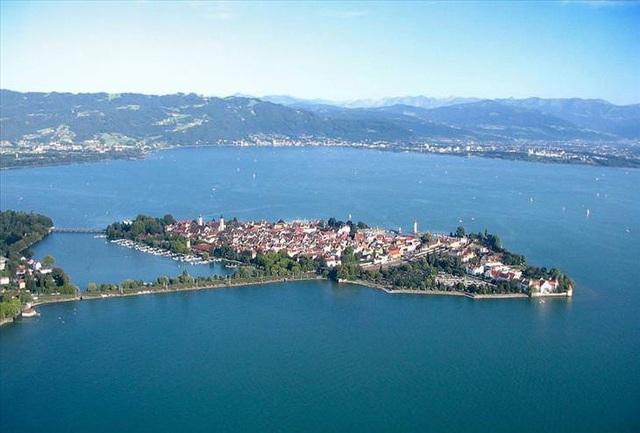 10 thành phố đảo nổi tiếng thế giới - Ảnh 2.