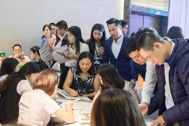 Nhà phố Hà Nội: Khu Đông tiếp tục dẫn đầu thị trường về tỷ lệ tiêu thụ - Ảnh 1.