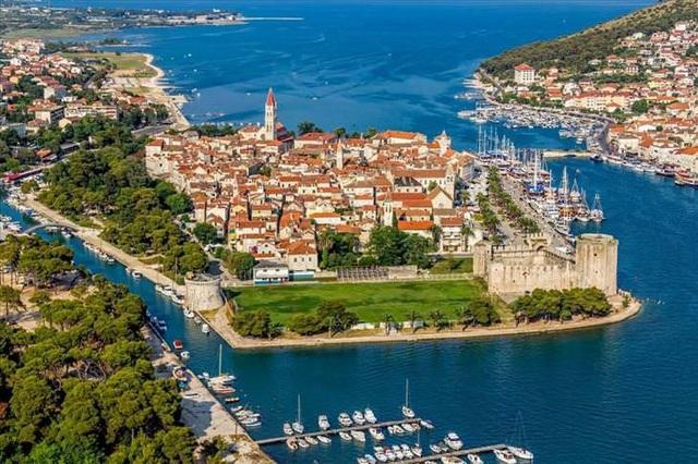 10 thành phố đảo nổi tiếng thế giới - Ảnh 6.