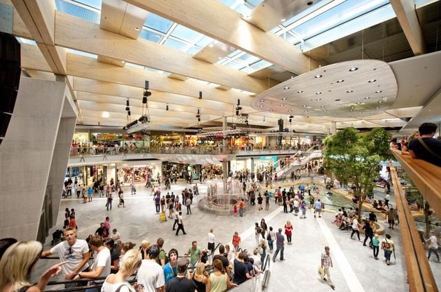 Trung tâm thương mại rộng lớn tăng sức hút cho HPC Landmark 105 - Ảnh 1.